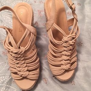 Nude Chase + Chloe wedge size 9 never worn